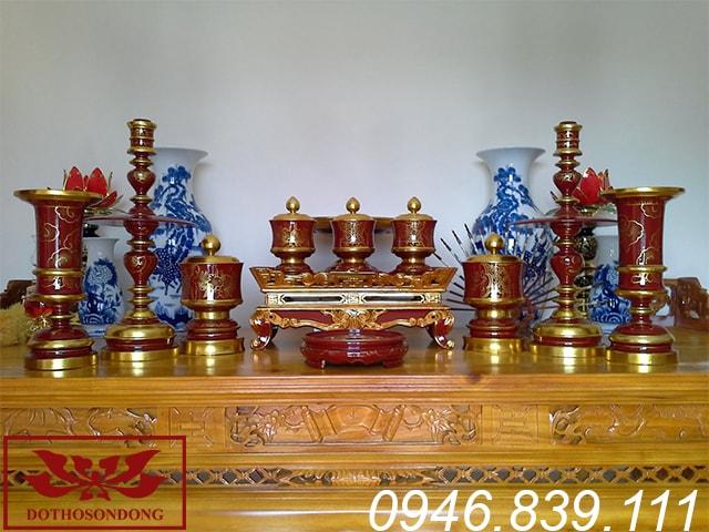 bộ đồ thờ cúng gỗ mít 11 món ms04: 1 tam sơn, 1 mâm bồng, 2 đài nến, 2 ống hương, 5 đài đẩu